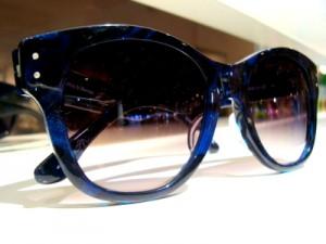 掛けると可愛らしいサングラス ~F&M~