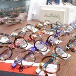Visioの店頭にメガネが並ぶまで