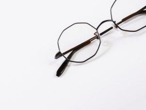 お気に入りのメガネを長く楽しむために知っておきたいこと