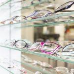 メガネ美人になりたい!メガネとメイクの相性を考える。